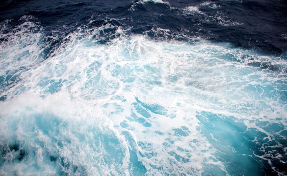 Antarctica Waves